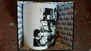 BEATLES-COLLAGE-mok-tas-mug-tasse-NEW