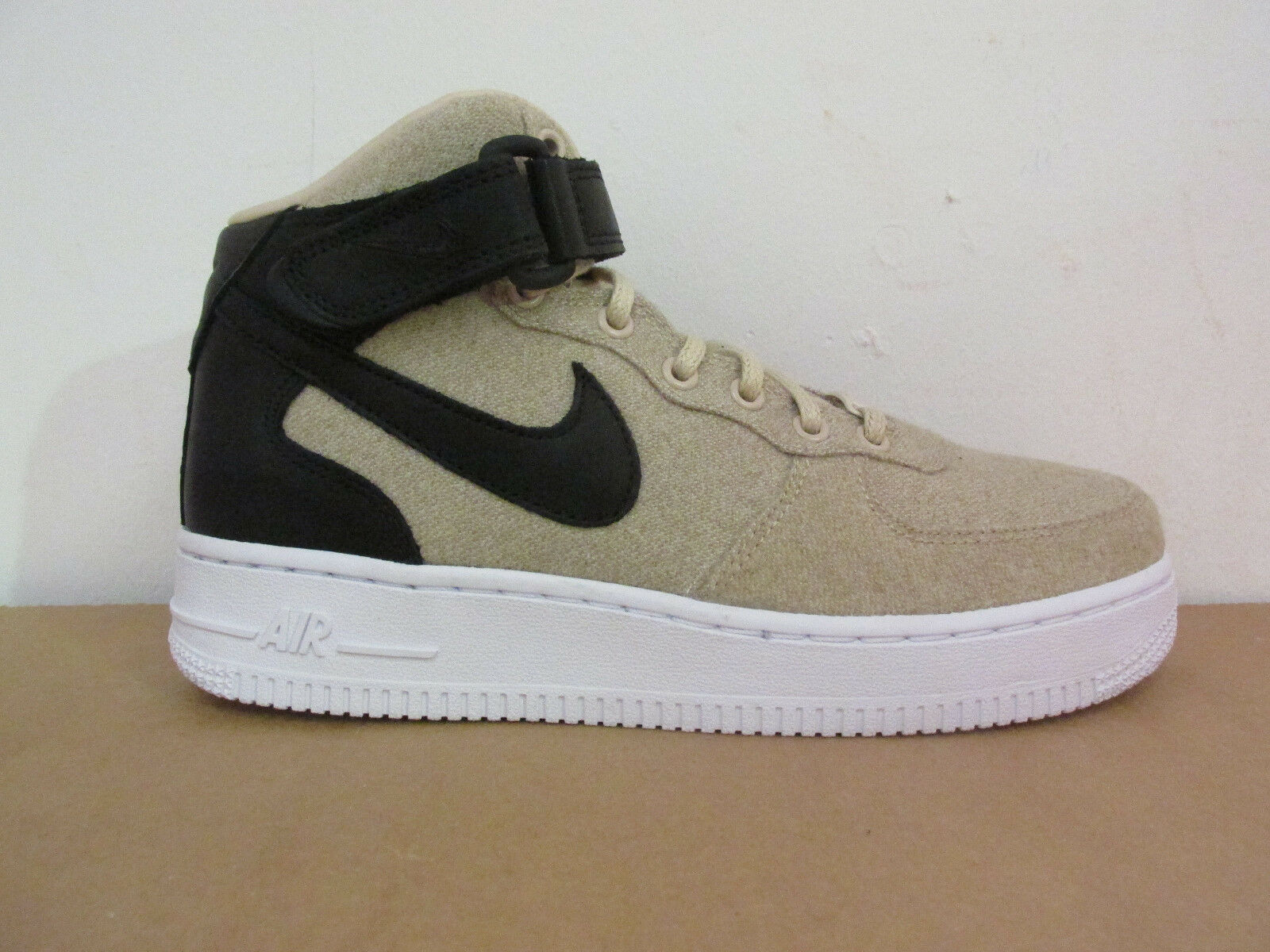 Nike femmes Air Force 1 07 Mid Mid 07 LTHR PRM Hi Top Trainers 857666 001 CLEARANCE 5e6fc2