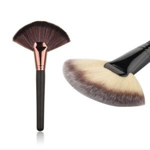 Fan-Shape-Cosmetic-Brush-Blending-Highlighter-Contour-Face-Powder-Make-up-Tools