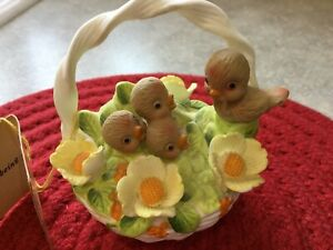 Vintage-Georgian-Basket-Birds-Robin-Flowers-Easter-Basket-Josef-Fine-Bone-China