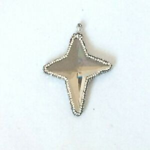 Z32022 WRAPPED FACETED STAR WHITE CRYSTAL PAVE PENDANT