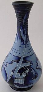 Beautiful-Moorcroft-Pottery-Blue-Lagoon-Vase-Limited-Edition