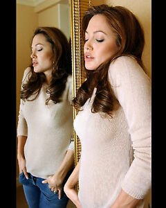 ANGELINA-JOLIE-8X10-PHOTO-PICTURE-HOT-SEXY-CANDID-17