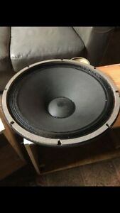 Altec-Lansing-15-416-8a-single-very-low-serial-READ