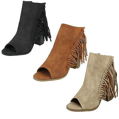 Damen Spot on Fransen Peeptoe Reißverschluss Blockabsatz Stiefeletten Schuhe