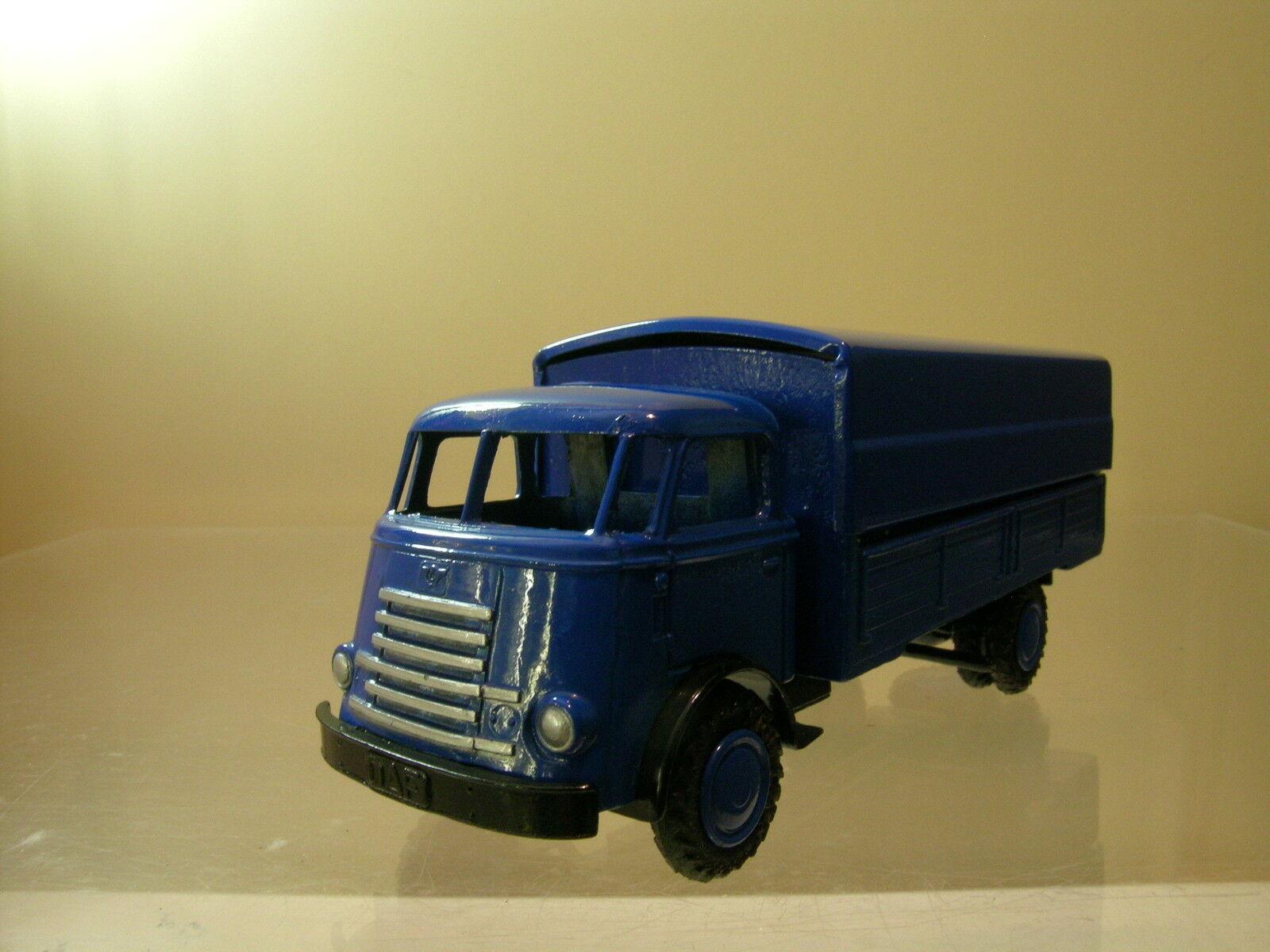 LION CAR No.23 DAF1100 6 STREPER FRONTSTUUR TRUCK COLOUR blu SCALE 1 50