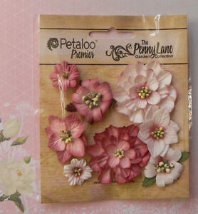 Mixed-Blossoms-ANTIQUE-ROSE-8-Paper-Flowers-25-45mm-across-Penny-Lane-Petaloo