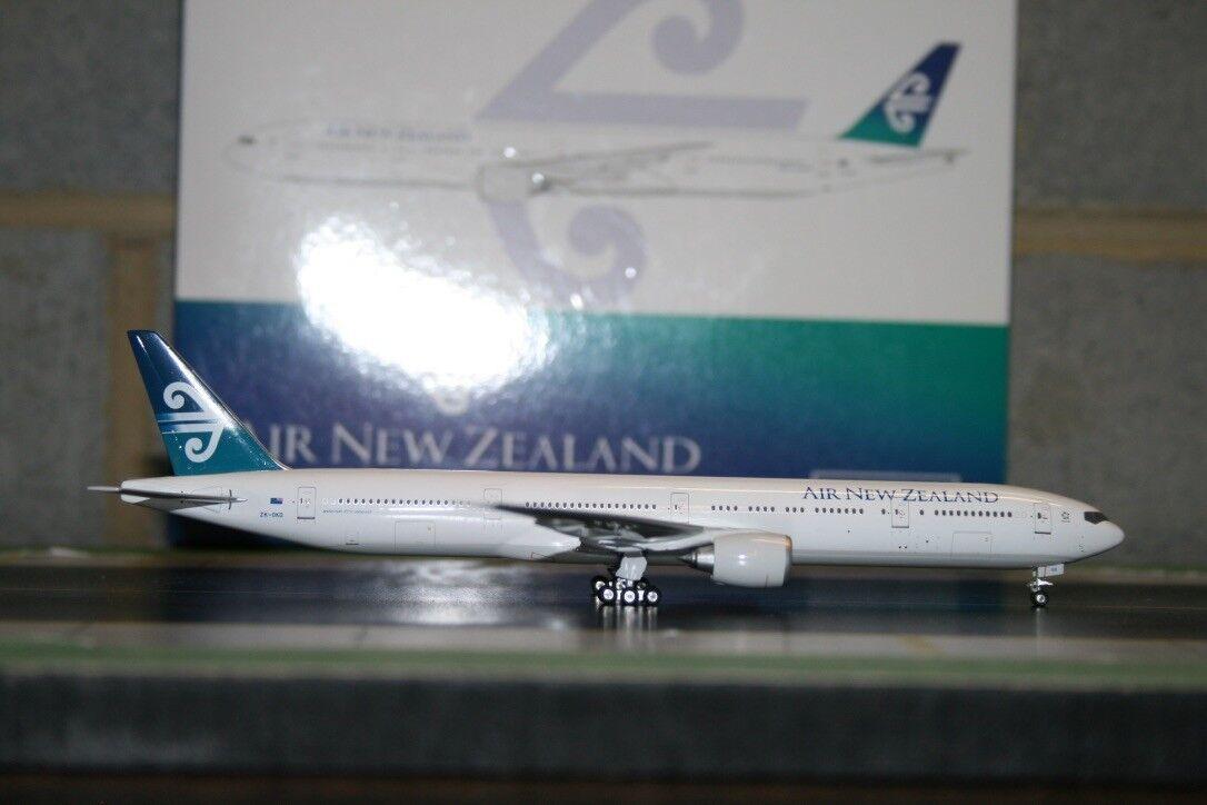Phoenix 2018 Air New Zealand Boeing 777-300ER Zk-Oko (PH4ANZ615) Modelo De Fundición