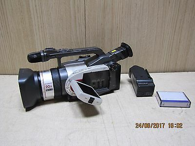 Canon XM1 professional digital camcorder 3CCD Pal Mini DV video camera
