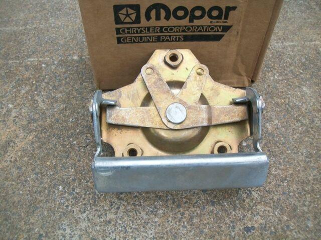 NOS MoPar 1972-1980 Dodge Truck D100 D150 W100 W150 Tailgate Handle