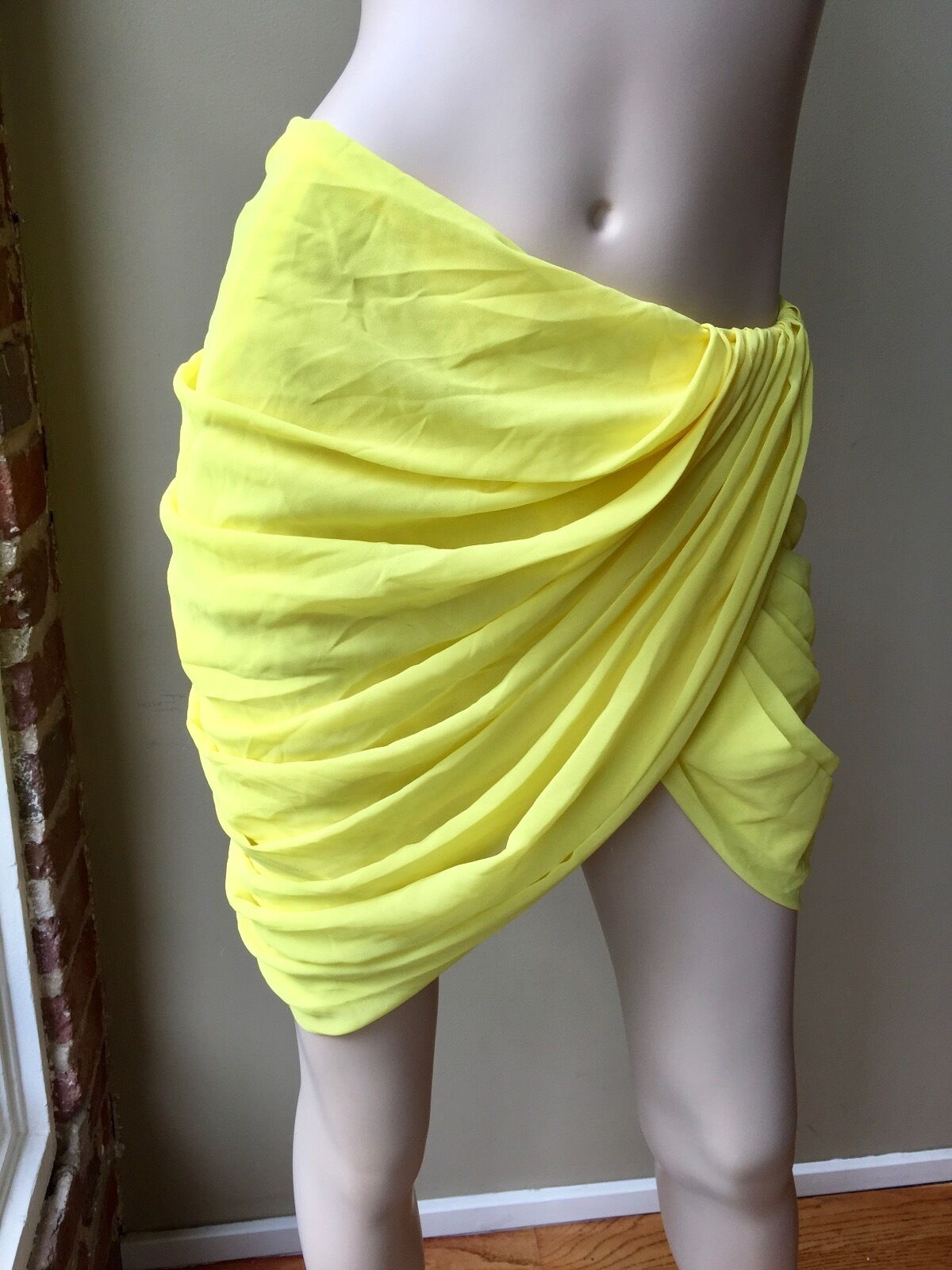 Camilla and marc toga style yellow skirt size small