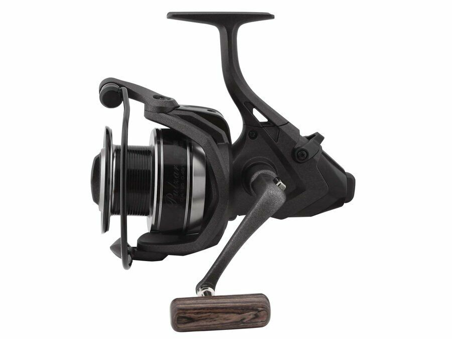 Okuma Pulzar Baitfeeder 40007000 Carp Reel With Free Spool System NEW 2019