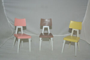DELUXE-READING-DREAM-KITCHEN-VINTAGE-BARBIE-SIZE-SET-OF-THREE-CHAIRS-CUTE