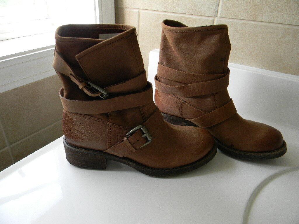 Lucky Brand LK-Dallis Women's Shoe Size 6.5 Toffee Winter Haze