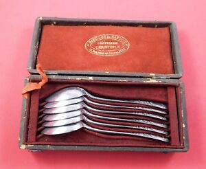 Ecusson-Louis-XVI-by-Christofle-Silverplate-Teaspoon-Set-6pc-in-Fitted-Box
