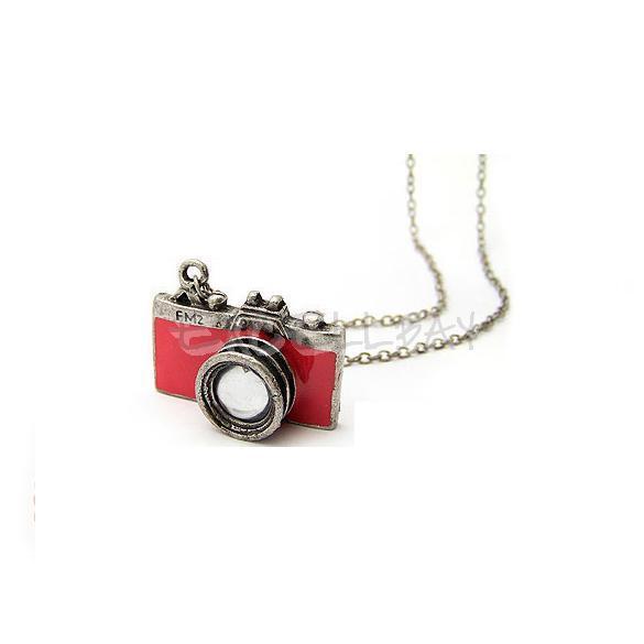 Girls Womens Fashion Retro Style Mini Red Camera Pendant Necklace Chain