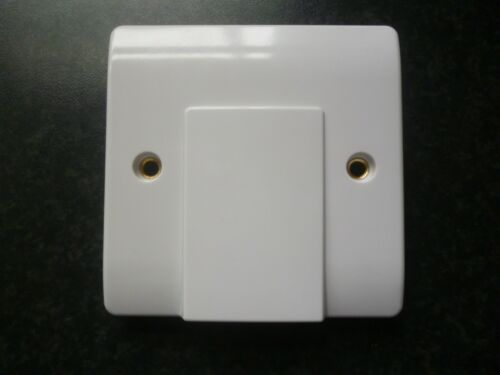 20 A Flex Outlet Plaque
