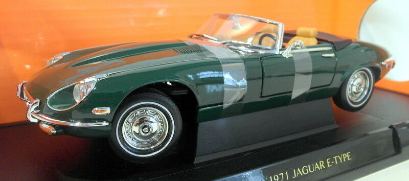 Road Signature 1 18 Scale Diecast - 92608 1971 Jaguar E-Type Roadster Green