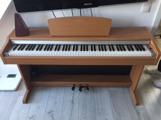 Yamaha Digitalpiano YDP-131C E-Piano Klavier Zustand  sehr gut