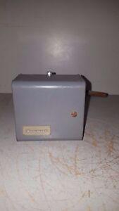 Wondrous Honeywell Dual Aquastat Hi Limit Circulator Control L4081B 1047 1 Wiring 101 Ponolaxxcnl