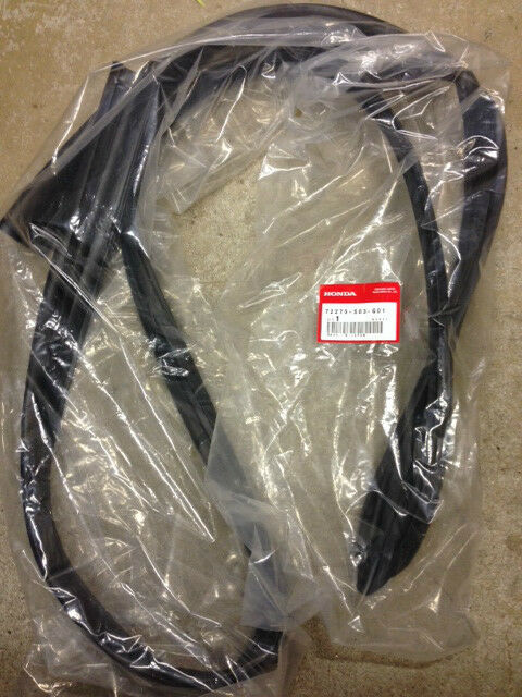Genuine OEM Honda Civic 2dr 3dr Drivers Door Runchannel Weatherstrip 1996-2000