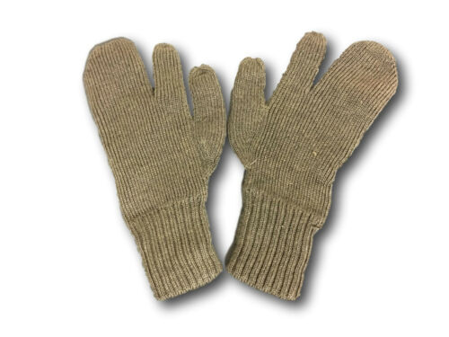 Swedish Army Pure Wool three finger vintage shooting gloves//mitts one size