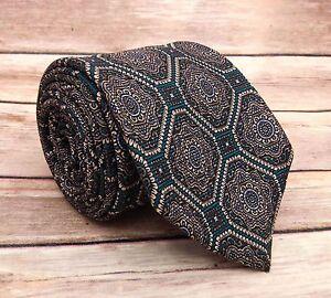 Burberrys Of London Men's 100% Silk Medallion Tie