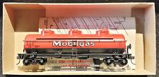 ATHEARN 1503  MOBILGAS  3-Dome 40' Tank Car WSRX 2387  Red OP3 KD Couplers RTR