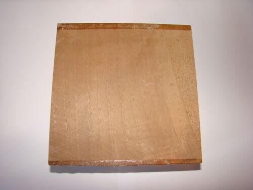 Nussbaumholz Drechselholz Klotz Nussbaum hell 10x10x6,5cm Schnitzholz T154A