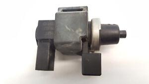 AUDI-A4-B6-La-Valvula-de-solenoide-Transductor-de-presion-8e0906628