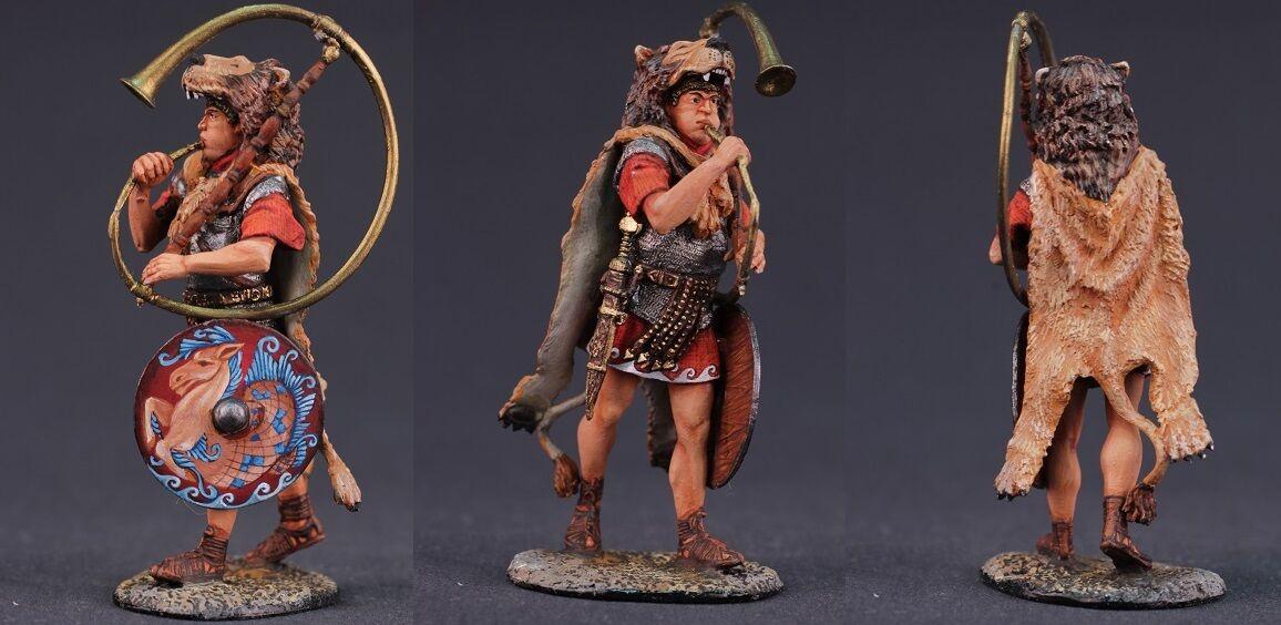 Tin toy soldiers ELITE painted 54 mm Roman Cornicien