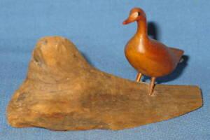 Vintage-Wood-Carving-Bird-on-Drift-Wood-Signed-Adalbert-Thibault-Canada-1985