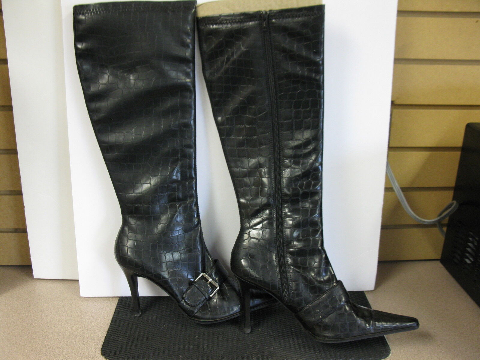 Amanda Smith black croc boots. size 9.5. high heel. side zip.