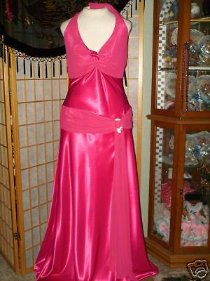 HOLIDAY ELEGANT RED SATIN HALTER GOWN w Side Scarf. Size XLarge.