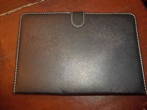 iPad-Computer-Tablet-Black-Keyboard-Folio-with-magnetic-closure-amp-Stand-NICE