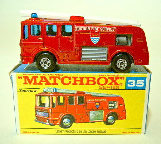Matchbox SF Nr.35A Merryweather Fire Engine metallicred frühe  G  Box