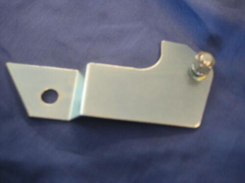 MGB PETROL OVERFLOW PIPE BRACKET Carb AHH7382