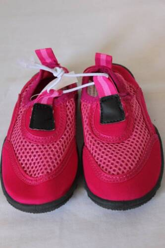 NEW Toddler Girls Water Shoes Medium 7-8 Pink Mesh Slip On Aqua Socks Sandals