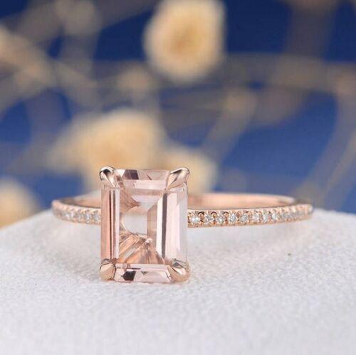 1.80 caret Emerald Cut Solitaire Morganite Bague de fiançailles 14k or rose Finition