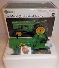 Precision Classics 1:16 John Deere The Model 70 Standard Tractor #15366