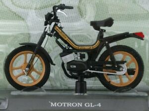 MOTRON GL-4 - black / gold - Atlas 1:18