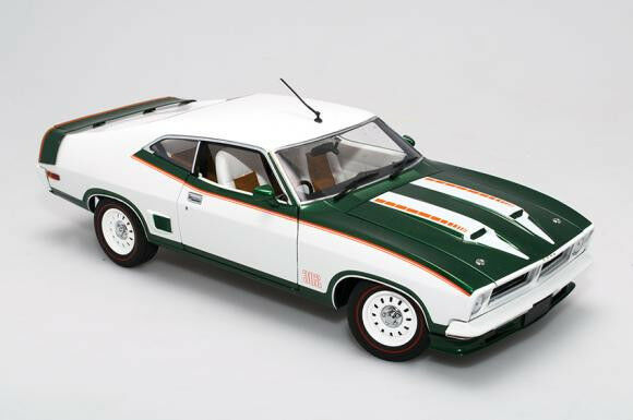 1:18 Biante - 1975 Ford XB Falcon Hardtop John Goss Special - Emerald Fire