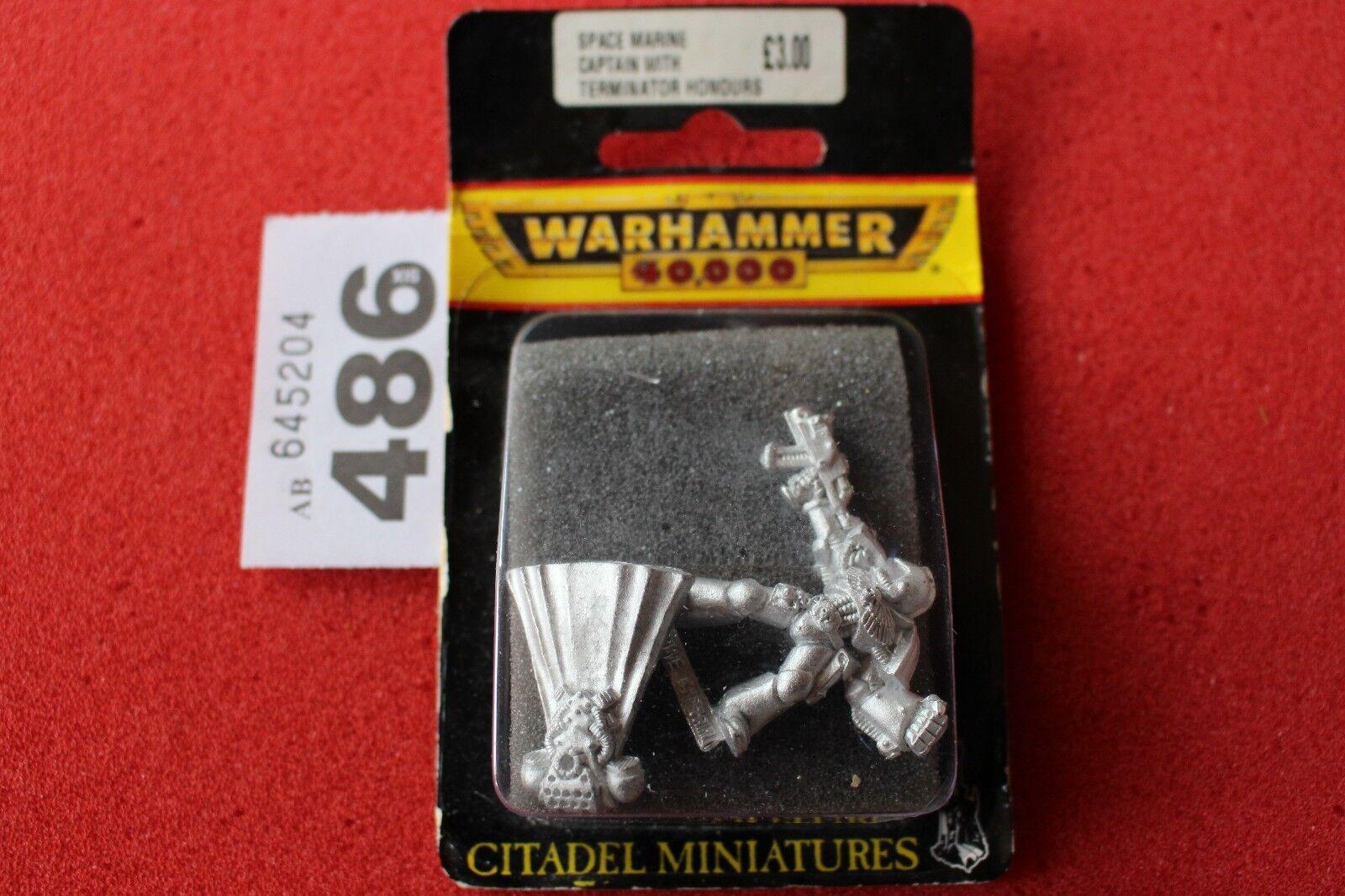 Games Workshop Warhammer 40k Space Marines Veteran Captain with Power Fist Metal
