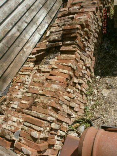 x100 reclaimed red clay old edging paving bricks 210 x 105 x 40mm Collect Herts!