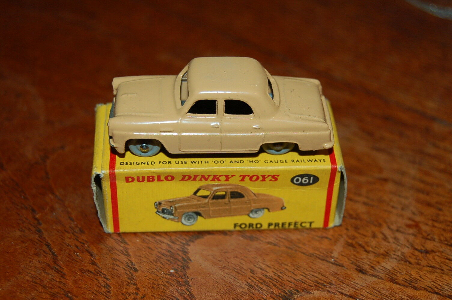 Dinky Dublo No 061 Ford Prefect Mint Condition