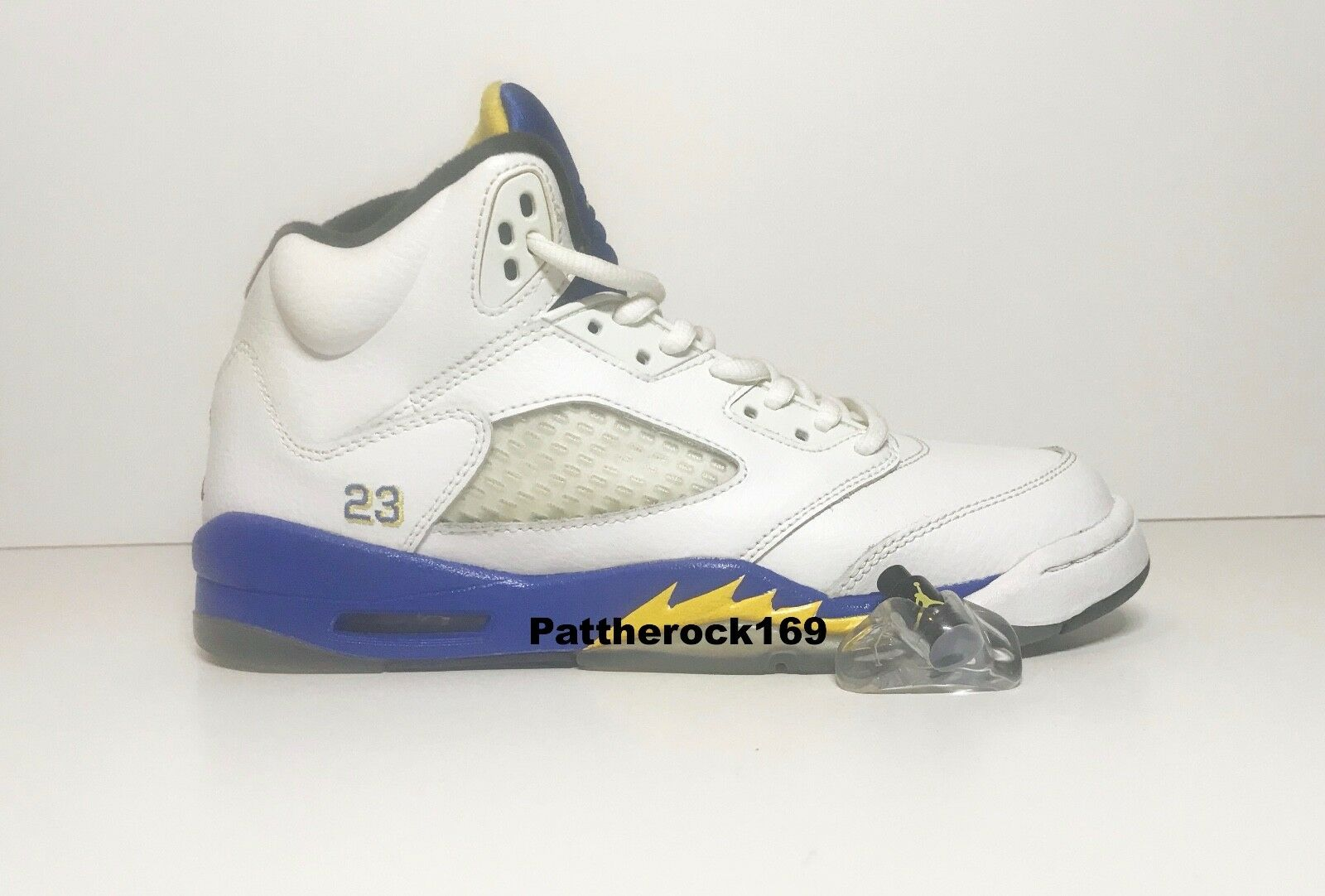 AIR JORDAN 5 RETRO  LANEY  Size 6.5 Y WHT VRSTY MZ-VRSTY RYL-BLK- JORDAN LANEY 5