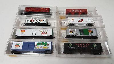 8 Micro-trains Holiday & Christmas railroad cars N Lot 325