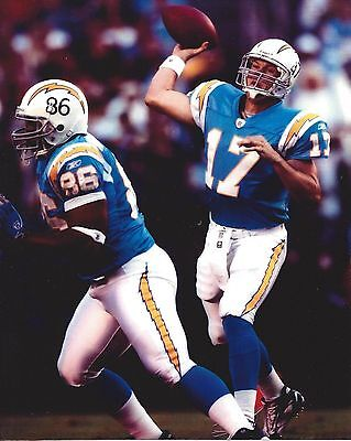 PHILLIP RIVERS SAN DIEGO CHARGERS 8X10 SPORTS ACTION PHOTO 1