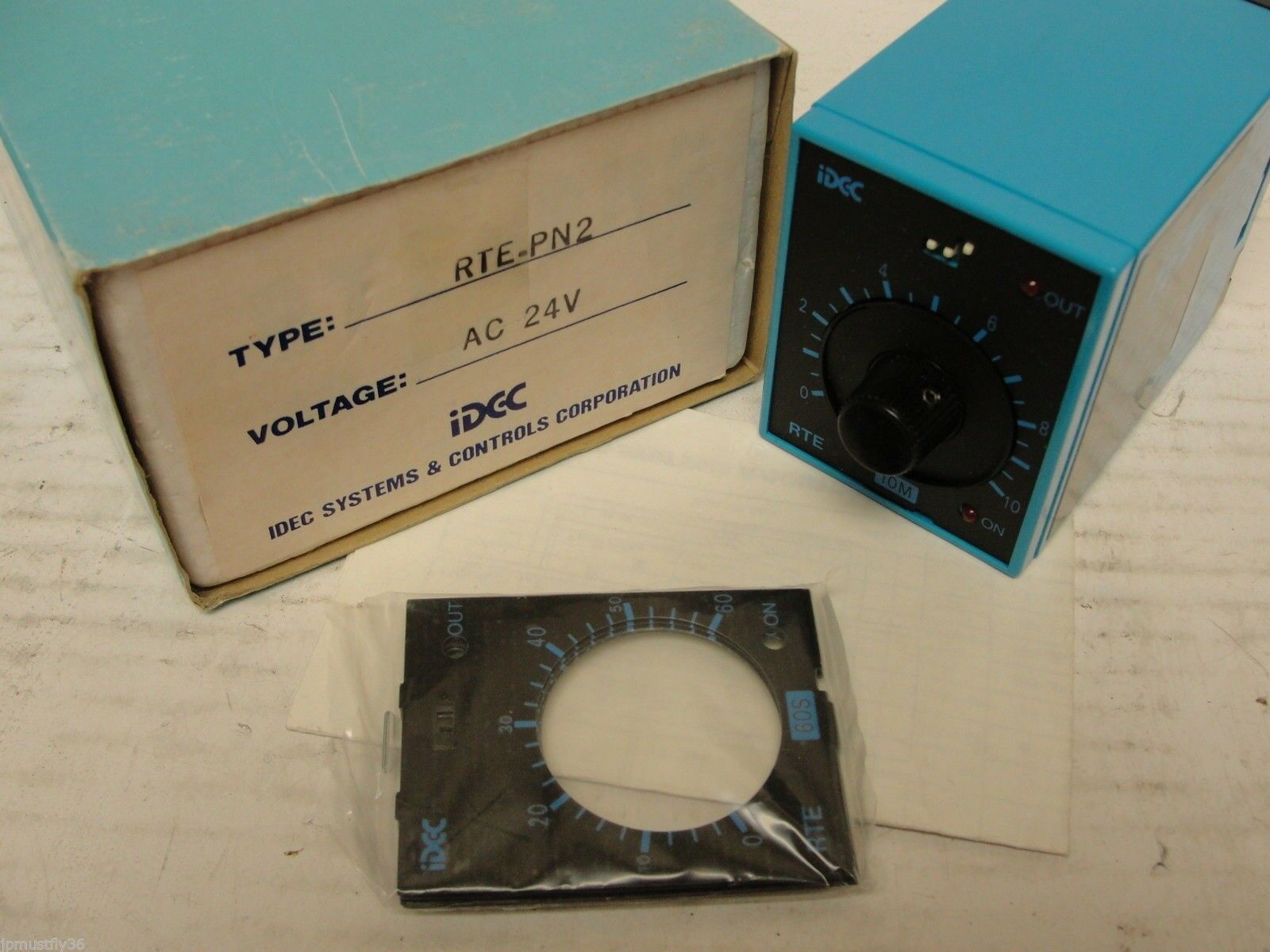 New Idec electronic timer RTE-PN2, AC 24V