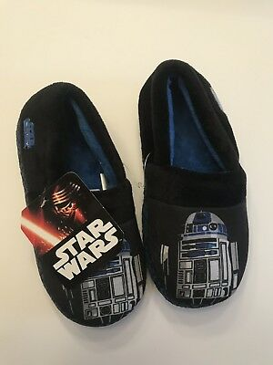 9//10 7//8 M Sz 5//6 L S NWT Boy/'s Star Wars Darth Vader Light Up Sandals
